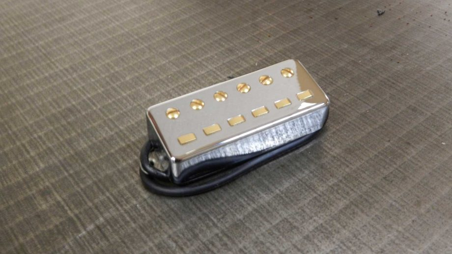Roadrunner Gold Teeth Pickup