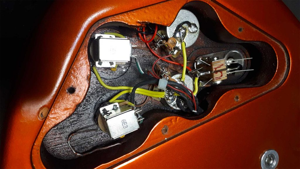 Wiring on different types of guitars SG Stratocaster Telecaster and Flying V