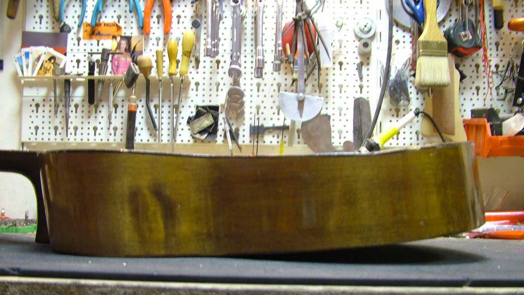 Rowies Guitar Restoration